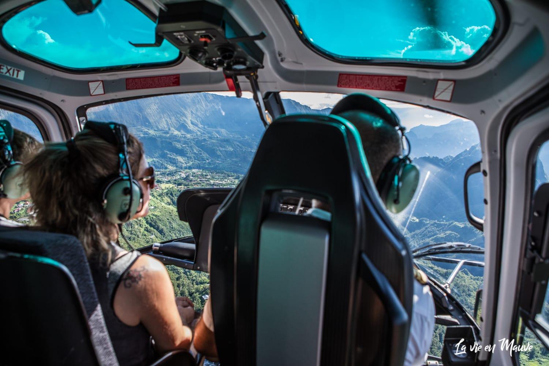 Pourquoi survoler l'île de la Réunion en hélicoptère est une bonne idée ?