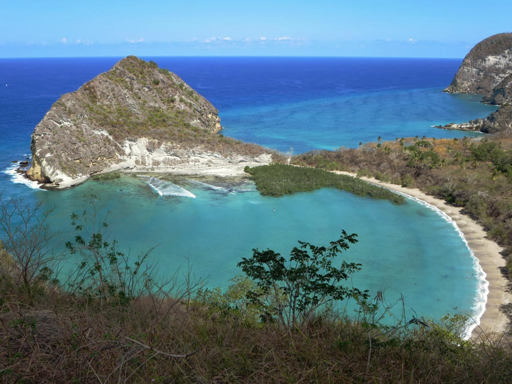 Les soignants nomades : Maxence Manip radio à Mayotte